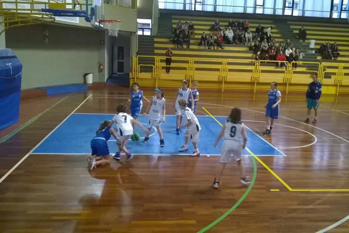 Basket B/F Domani a San Marcellino ore 18.15 Fotoamatore/Florence-Pielle ivorno