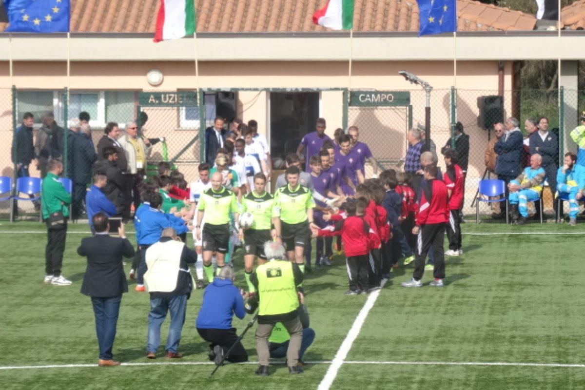 "Calcio: Valeri arbitra la finale della 68° ""Viareggio Cup"" Palermo-Juventus"