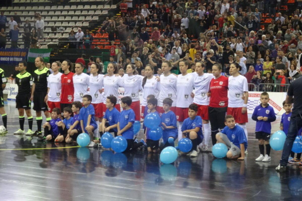 """Calcio a 5/F : Stasera svanisce il """"sogno"""" dello Scudetto femminile: Montesilvano ci batte 5-3"""