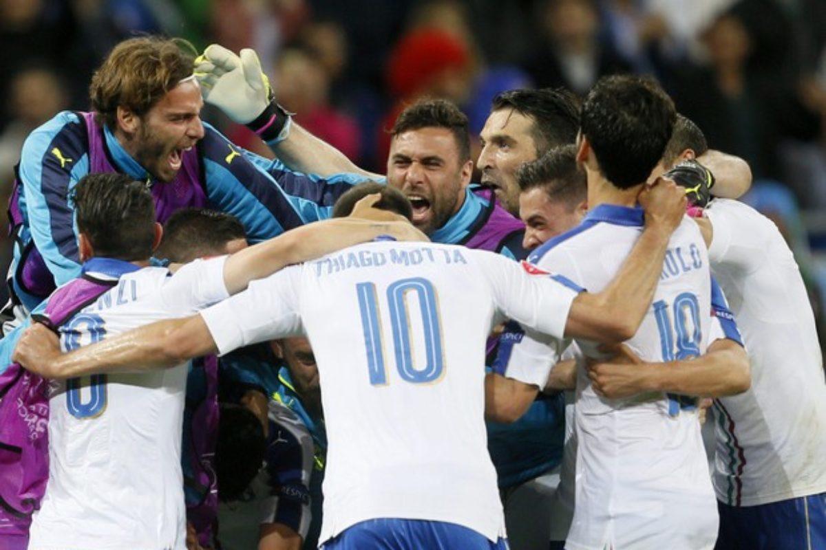"""calcio: """"Magico"""" esordio azzurro in Francia: 2-0 al Begio: Giaccherini e Pellè !!"""