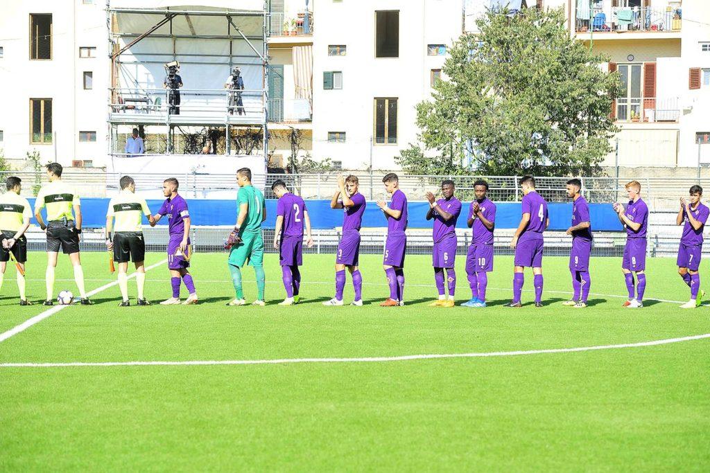 """<span class=""""hot"""">Live <i class=""""fa fa-bolt""""></i></span> CALCIO – Fiorentina Primavera. Il """"film"""" della partita nelle 37 foto di Firenzeviolasupersport"""