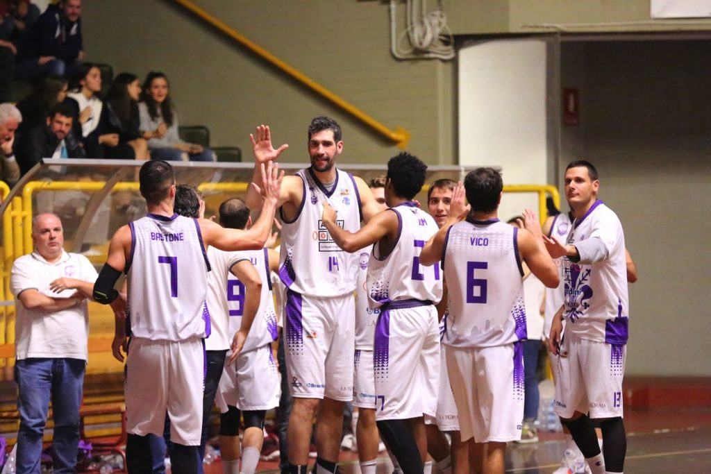 Basket: Virtus Siena-All Food Fiorentina Basket  Finale 71-81 Firenze è prima !!