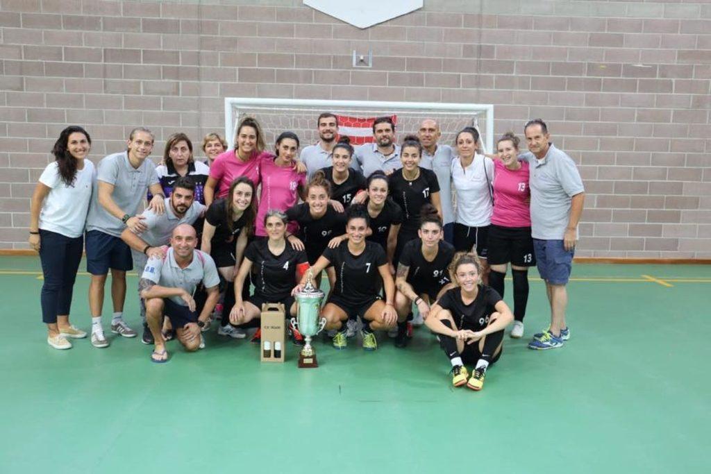 Calcio a 5, comincia domani l'ambiziosa avventura in serie A per le ragazze del Futsal Florentia