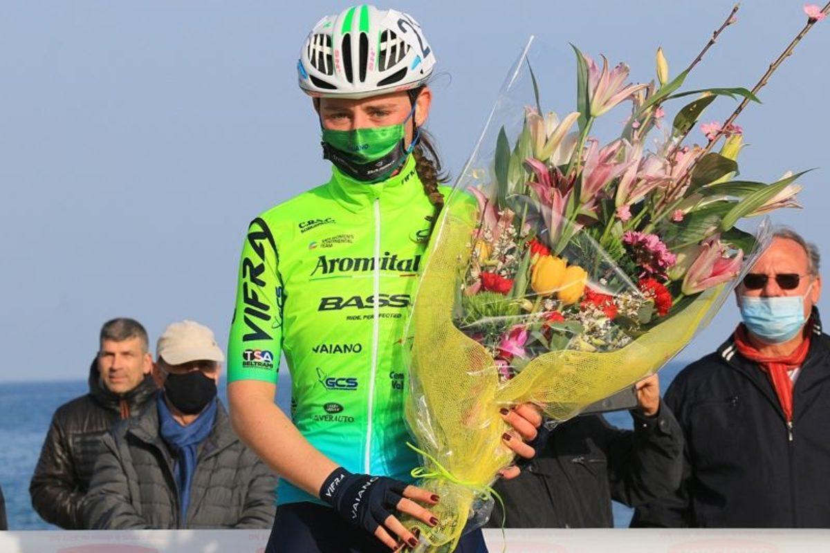 Letizia Borghesi è terza all'esordio della stagione ciclistica donne