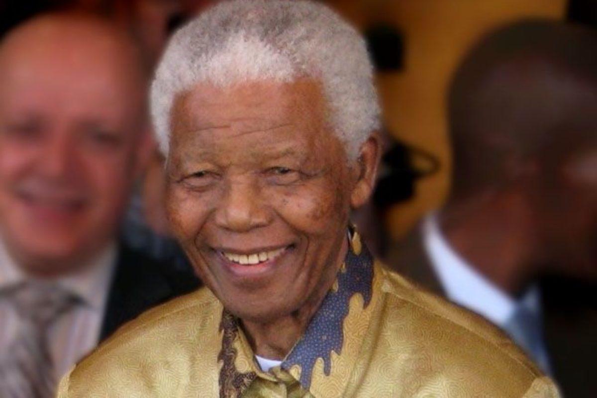 CALCIO-Nel Ricordo di Mandela, la C contro il razzismo.