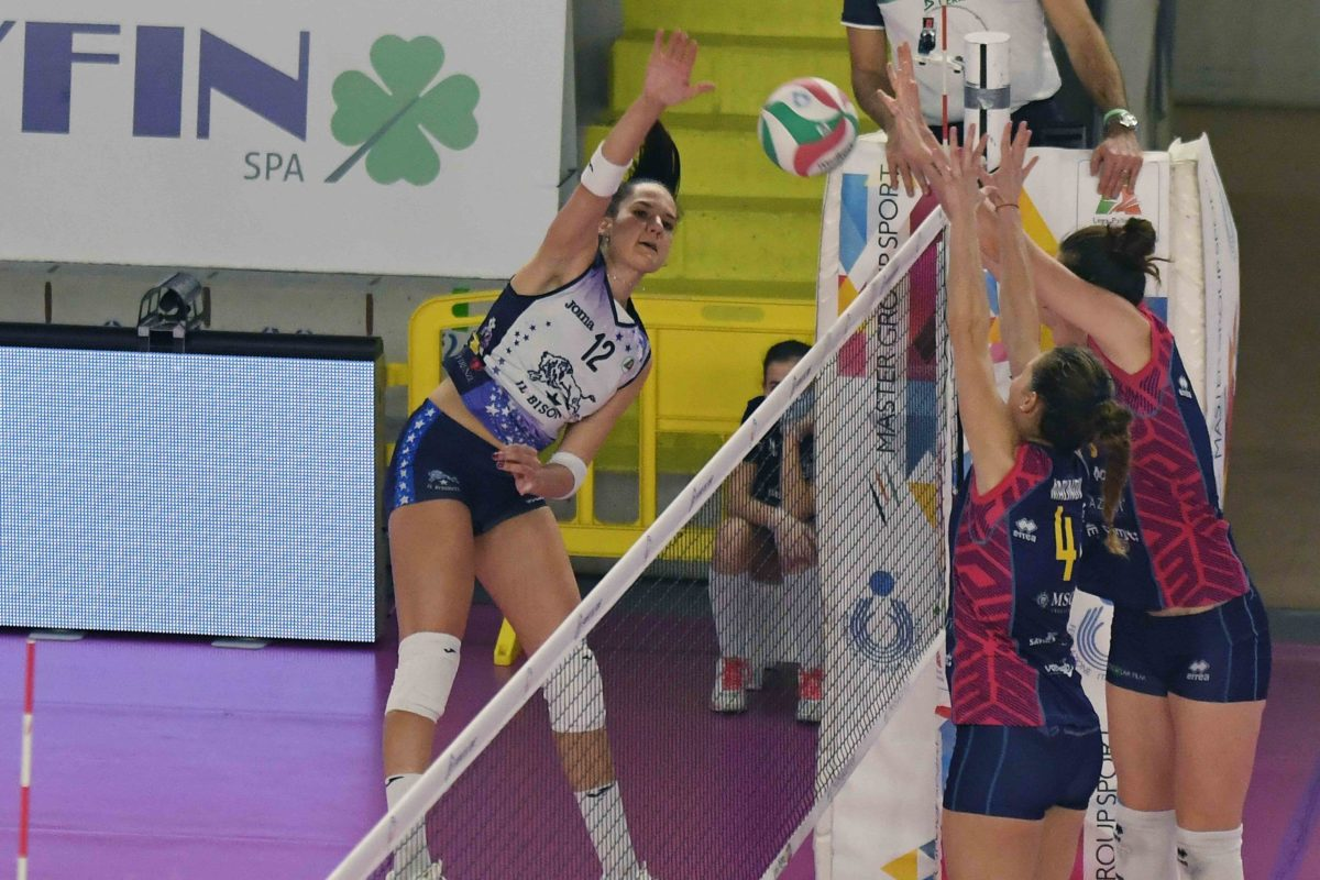 VOLLEY FEMMINILE  SERIE A1 Play off Imoco Volley Conegliano- Il Bisonte Firenze 3-0 (25-15; 25-17; 29-27)