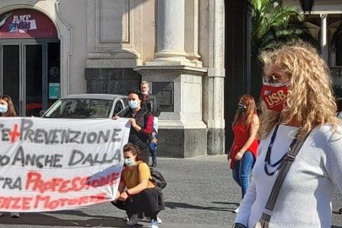 Tornano in piazza i professori di educazione fisica. Domani anche a Firenze e Prato