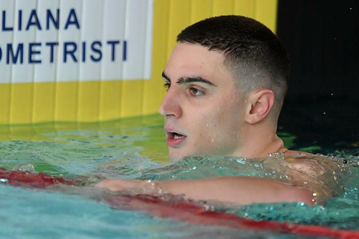 """Nuoto: Campionati assoluti Primaverili"""" Super immenso Zazzari"""" uno sprint alle 9 del mattino da 21.94 !!!!"""