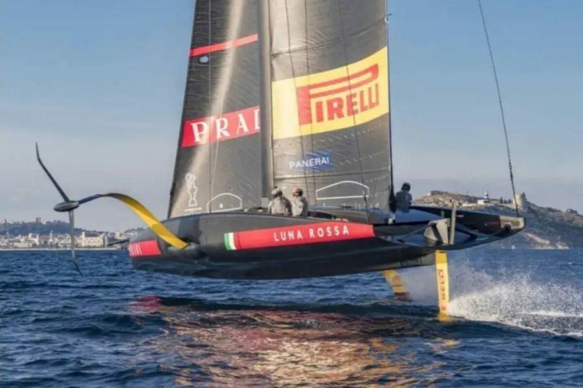 Vela: Ad Auckland nel Golfo di Hauraki non c' è vento; regata 7 ed anche l'8à prima rinviate poi annullate.