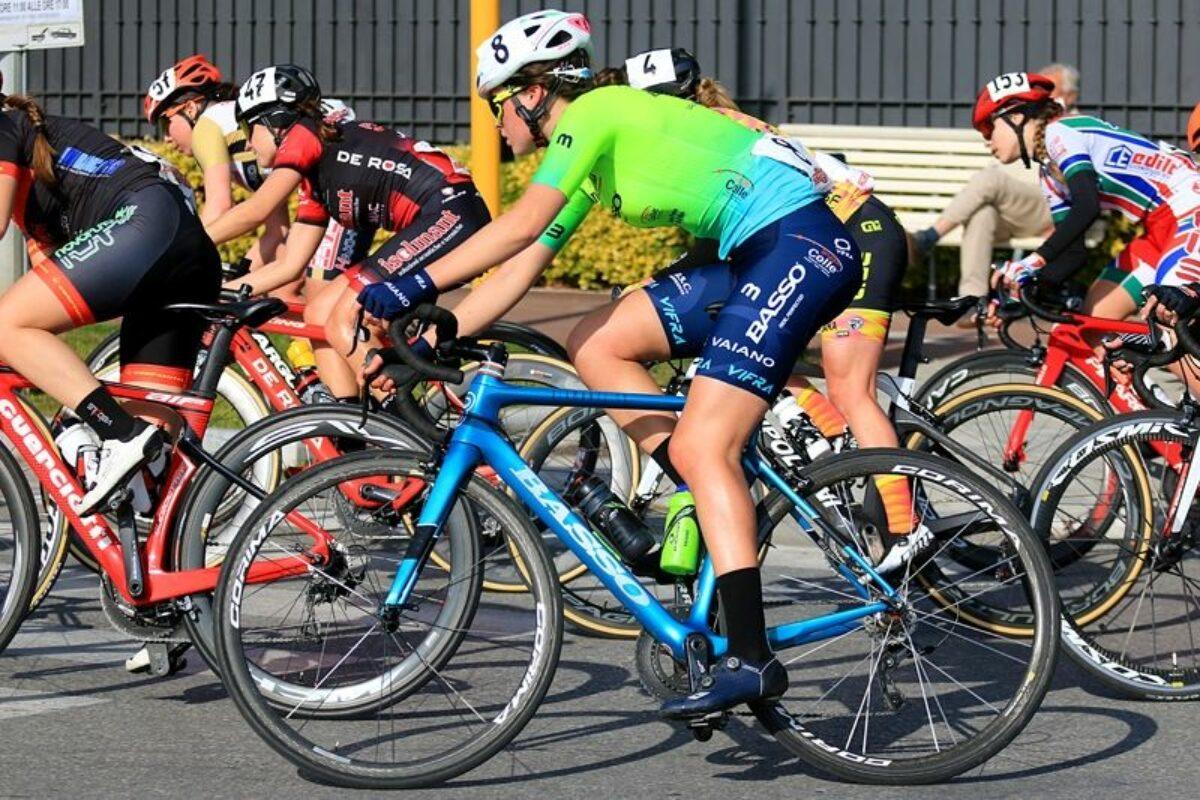 Giro delle Fiandre, l'Aromitalia Vaiano ai nastri di paratenza nella gara donne