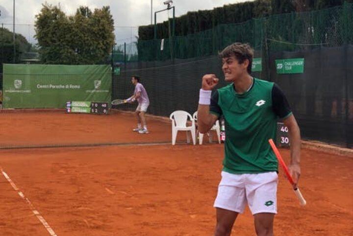 TENNIS- Challenger Napoli: Agamenone divelle Zapata e vola in semifinale, Cobolli batte Giustino. Vavassori e Brown…