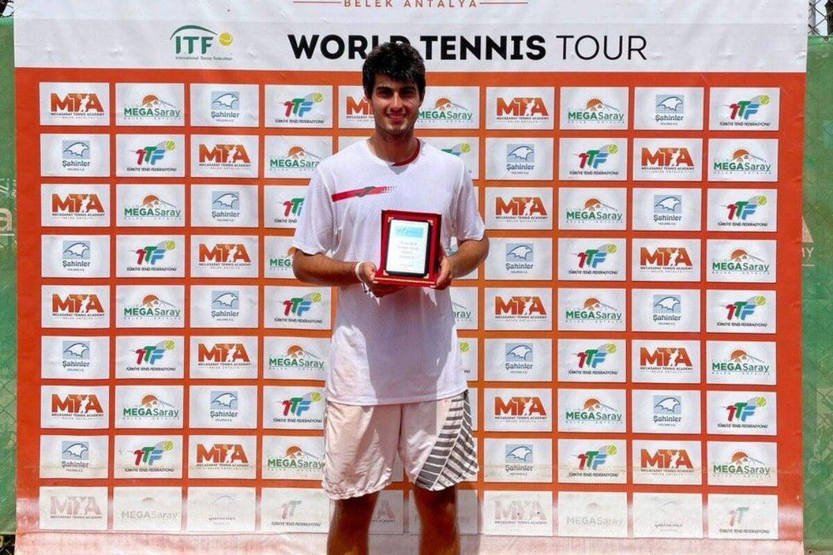 "Tennis: Vezio Trifoni ""news"" da Prato"