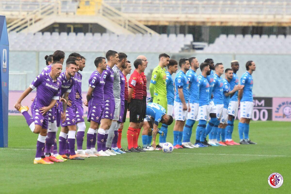 """Calcio: il punto campionato: la Domenica di Fiorentina Napoli: finale 0-2; ci sarebbe stato..da """"vendicare"""" l'ignobile 0-6 dell'andata..( ma stiamo 0-8..!!). CHE SCHIFO IL COMMENTO DI BARCHIESI SU RADIO 1 !!! Adesso Parma-Sassuolo St in corso 1-3   Benevento Crotone 1-1 Simy pareggia al 93° !! (occhio Toro..) e Udinese-Sampdoria. 0-1"""
