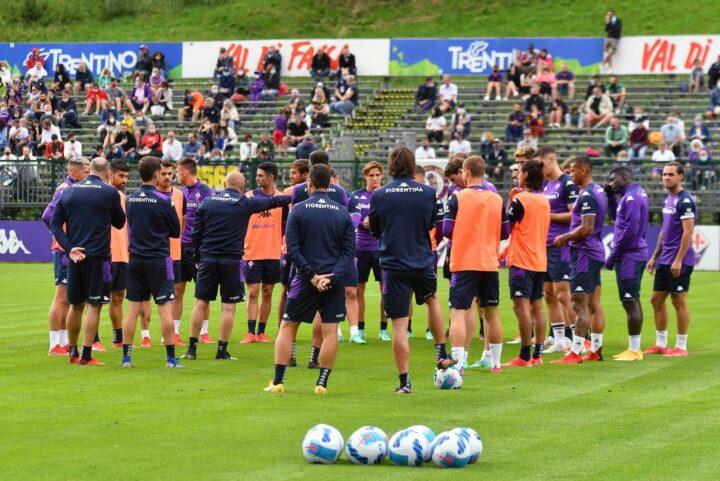CALCIO- Moena, 8° giorno del Ritiro della Fiorentina. Si conclude la prima settimana. Esercitazione e partitella….