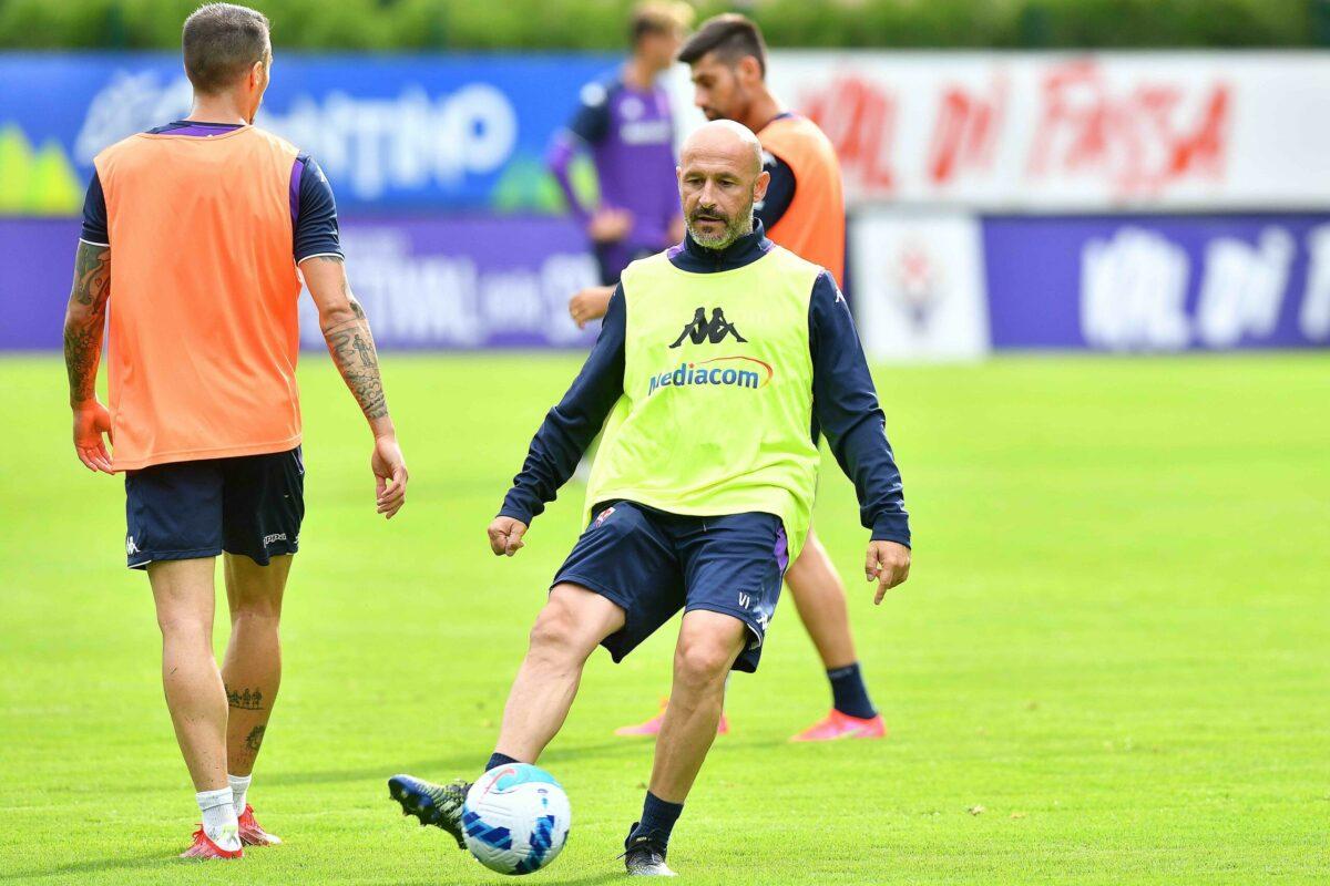"""Calcio: a Moena l'allenamento nr.3 verteva sul """"maxi torellone (10 passaggi scanditi da Mister Italiano) poi si andava al tiro.."""