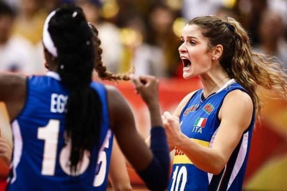 VOLLEY FEMMINILE COPPA EUROPEI- ITALIA- RUSSIA 3-0 (25-20; 25-8; 25-15). Azzurre in semifinale contro l'Olanda.