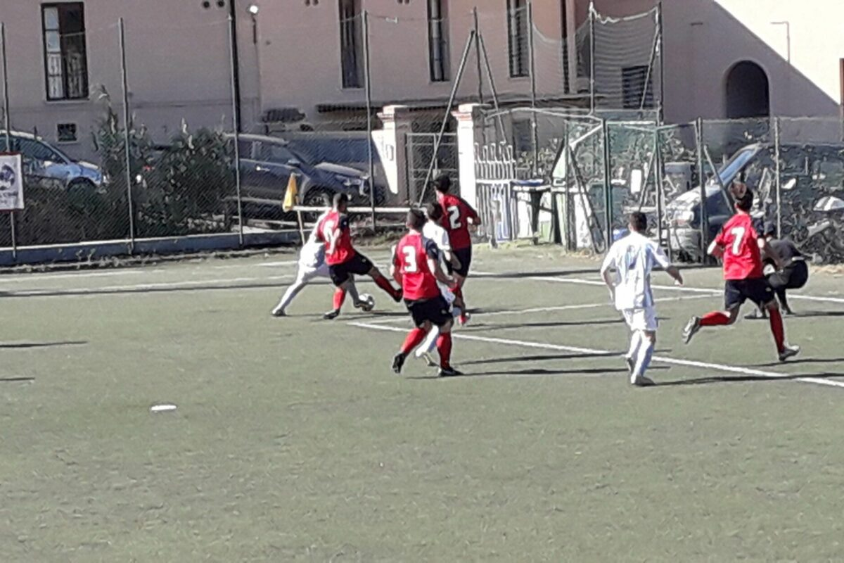 Calcio dilettanti Isola d'Elba: Coppa Toscana 3° categoria Porto Azzurro-Campese 2-1; Campionato 2° Categoria Gir.F: Marciana- Salivoli 1-0