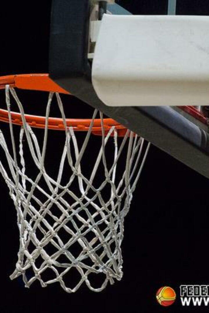 Basket/F: Partito il campionato di Serie B: Pesante sconfitta del Fotoamatore a Siena:drammatico infortunio a Naomi…