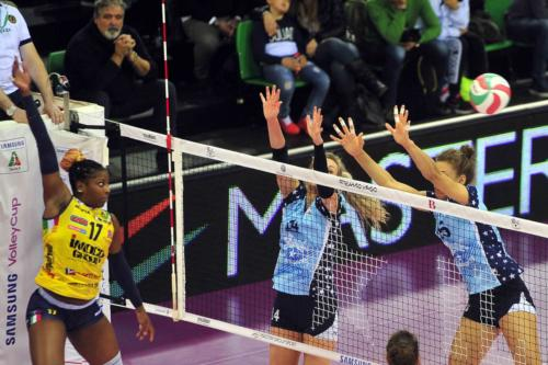 IL BISONTE FIRENZE VS IMOCO VOLLEY CONEGLIANO 01