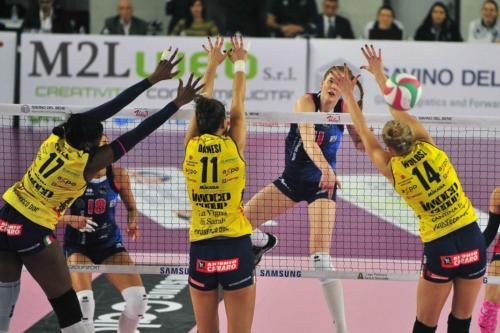 SAVINO DEL BENE SCANDICCI VS IMOCO VOLLEY CONEGLIANO 09